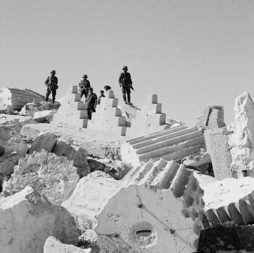 palmyra-soldats-decombres-bel