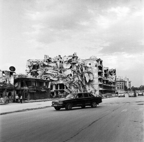 Mercedes at Midan crossroads, Aleppo 2017