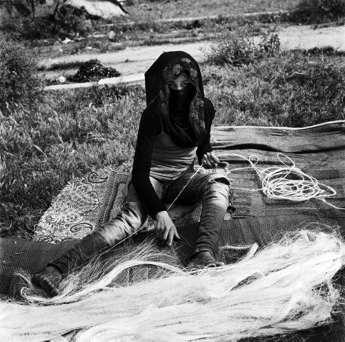 The Loofah-weaver, Aleppo 2017